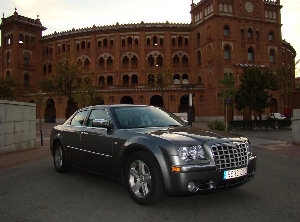Prueba chrysler 300c crd for Chrysler 300c crd