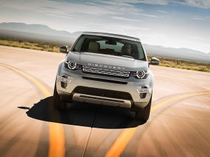 Land-Rover-Discovery-Sport_02