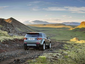 Land-Rover-Discovery-Sport_05