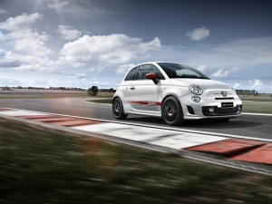 Abarth_595_Yamaha_Factory_Racing