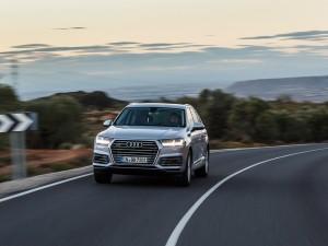 Audi-Q7-e-tron-quattro_02