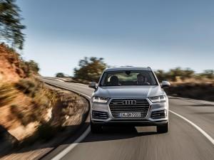 Audi-Q7-e-tron-quattro_05