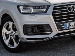 Audi-Q7-e-tron-quattro_16