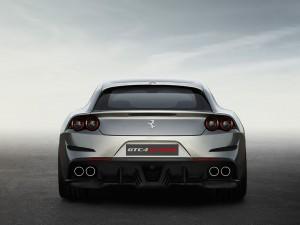 Ferrari_GTC4Lusso 05