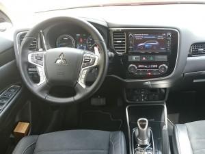 Mitsubishi-Outlander-14