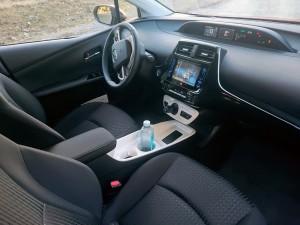 Toyota-Prius-08