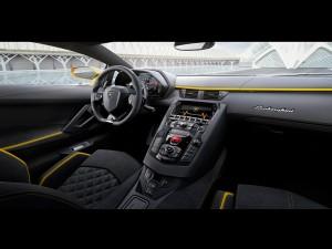 Lamborghini-Aventador-S-04
