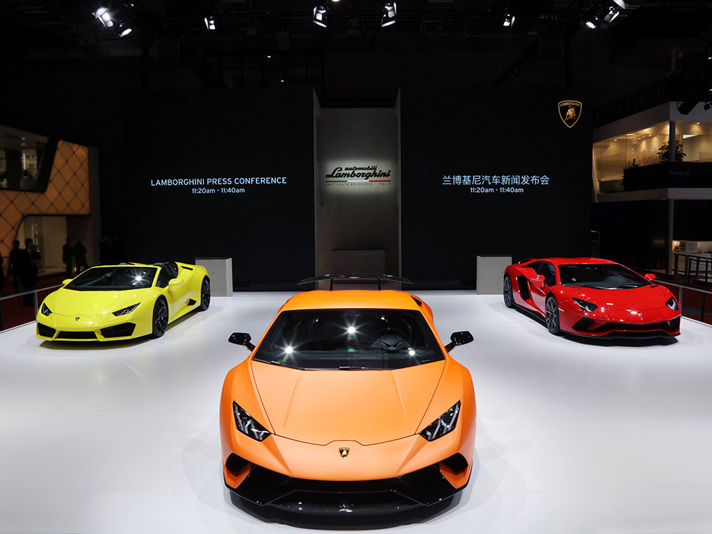 Lamborghini Huracan Performance and Aventador S