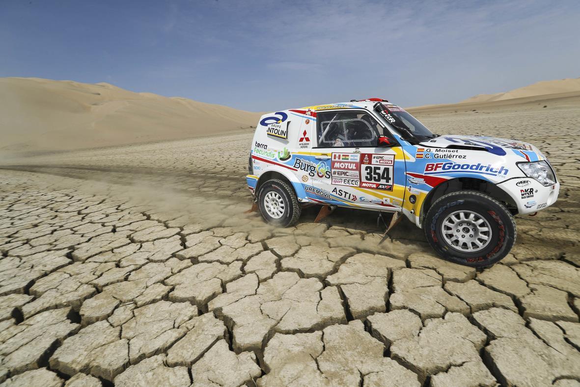 Cristina Gutiérrez ha logrado superar de forma brillante la primera semana del Dakar más difícil