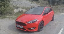 Ford Focus ST Line Red&Black Edition