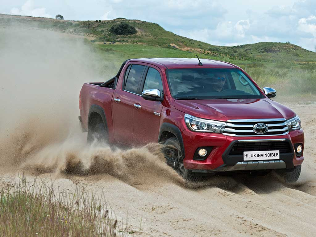 Toyota Hilux Invincible, la más irreverente de la gama Hilux