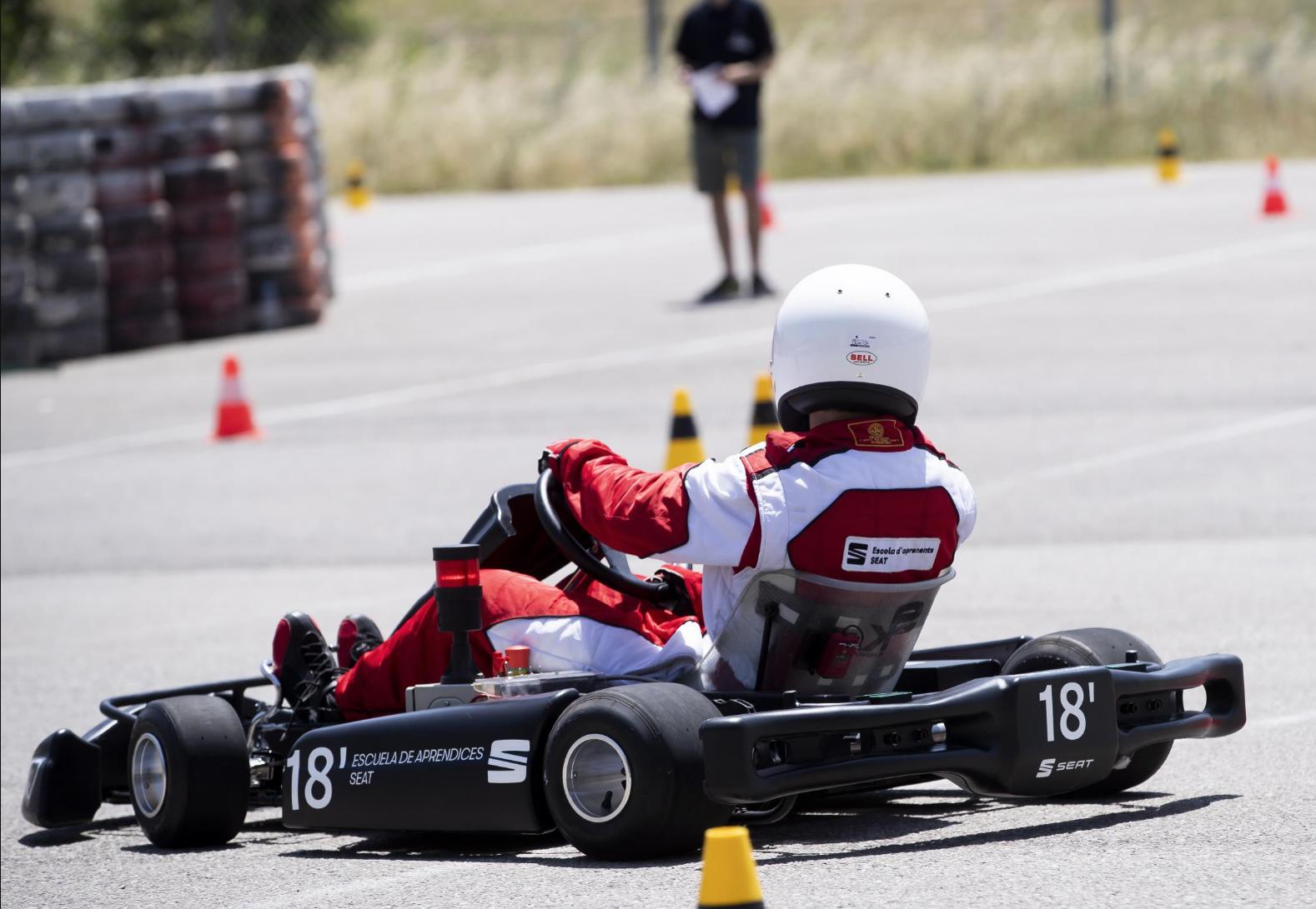 Un equipo de alumnos de la Escuela de Aprendices de SEAT ha diseñado, construido y desarrollado, un kart eléctrico