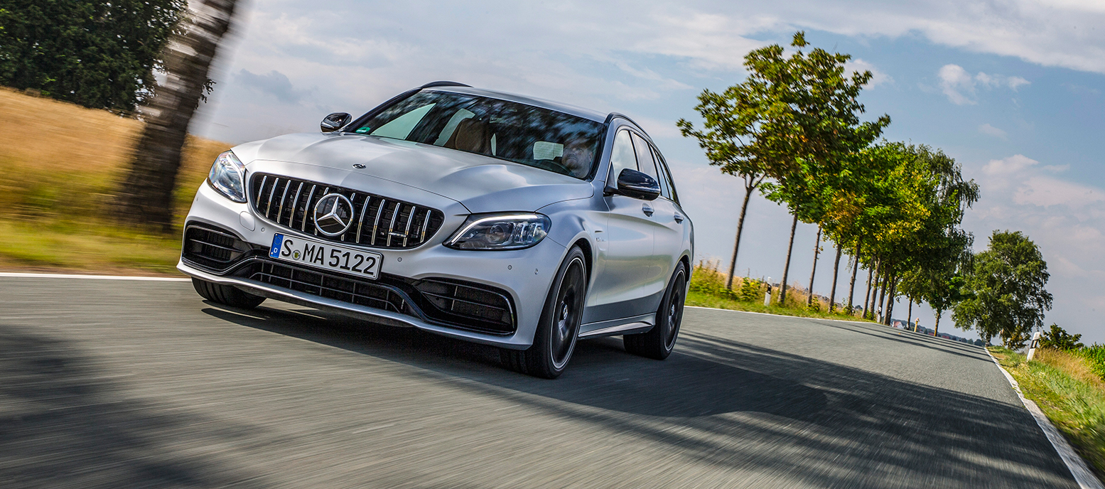 Mercedes-Benz Clase C V8 AMG, potencia a raudales