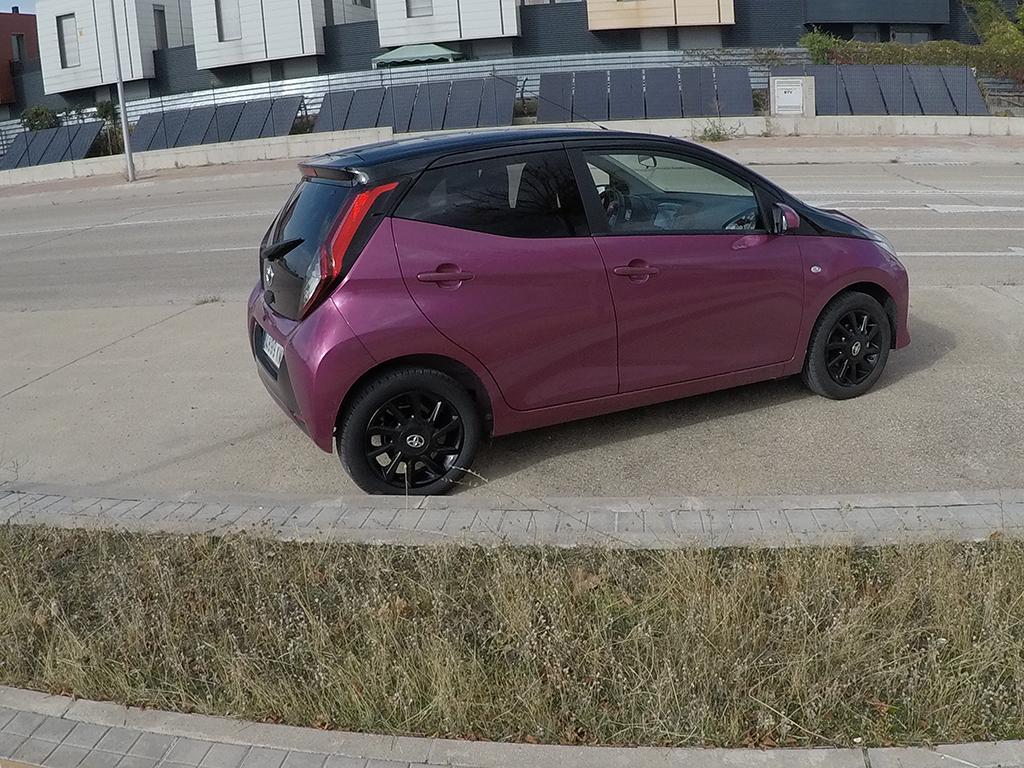 Toyota Aygo x-cite Magenta en estomesuena de rne
