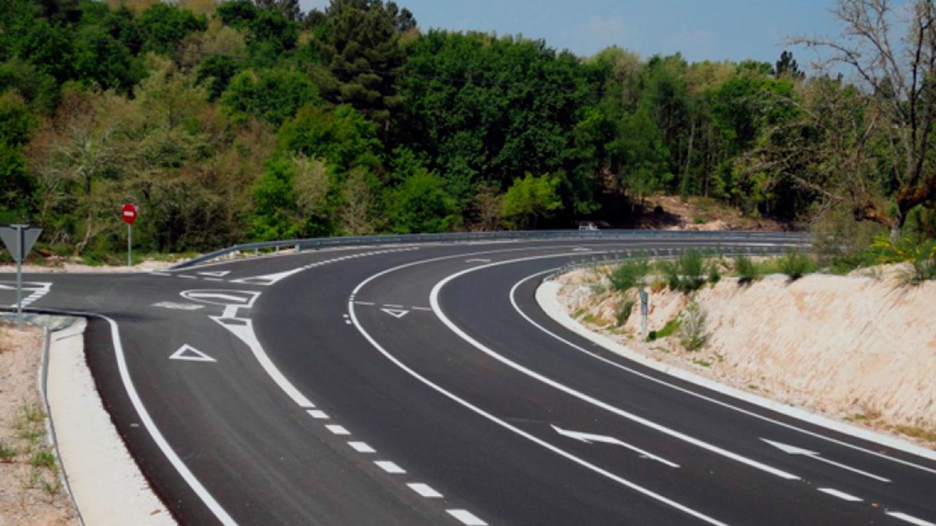 Las carreteras convencionales se llevan más de mil vidas al año