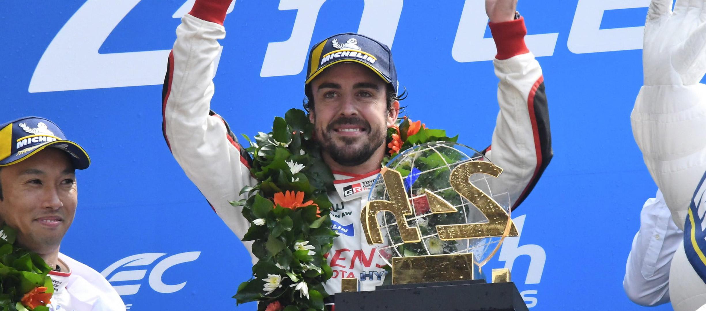 Fernando Alonso vuelve a entrar en la Historia ganando las 24 h de Daytona