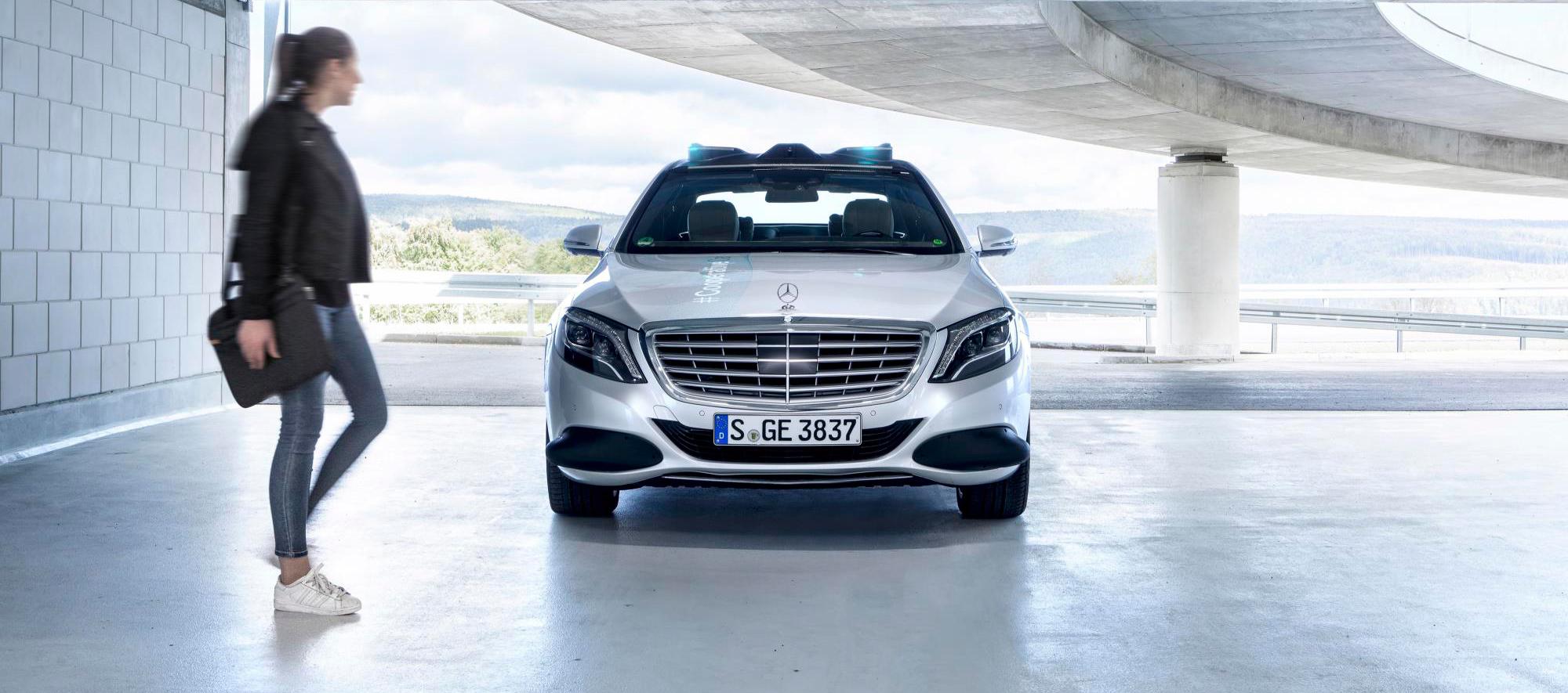 La conducción autónoma by Mercedes-Benz