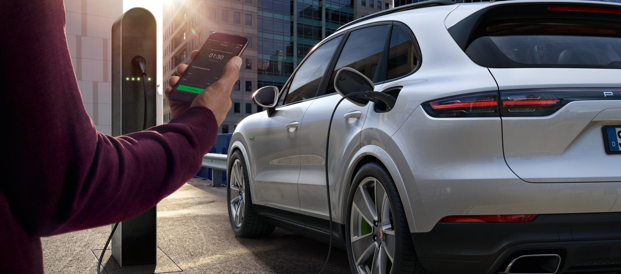 Porsche Charging Service, puntos de recarga para vehículos enchufables