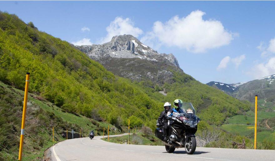 BMW Motorrad España organiza la travesía puntApunta