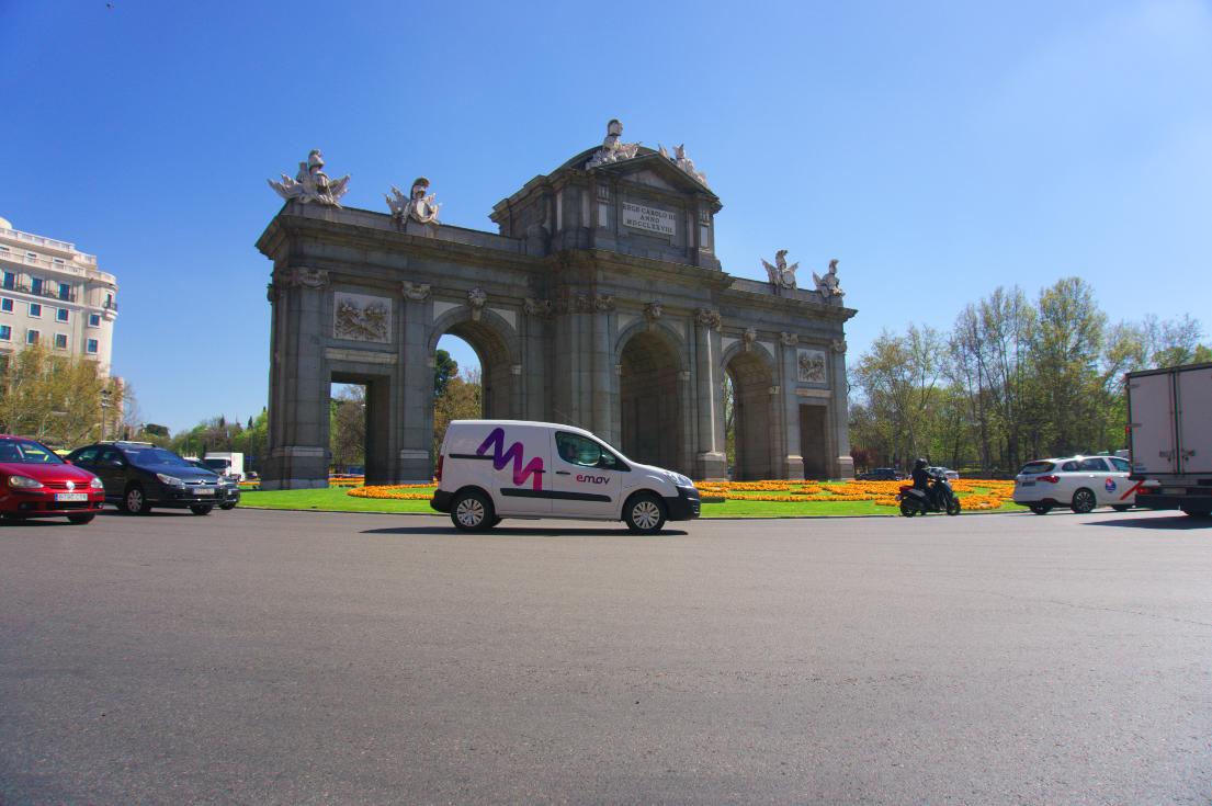EMOV, primer carsharing de Europa con vehículos comerciales 100% eléctricos