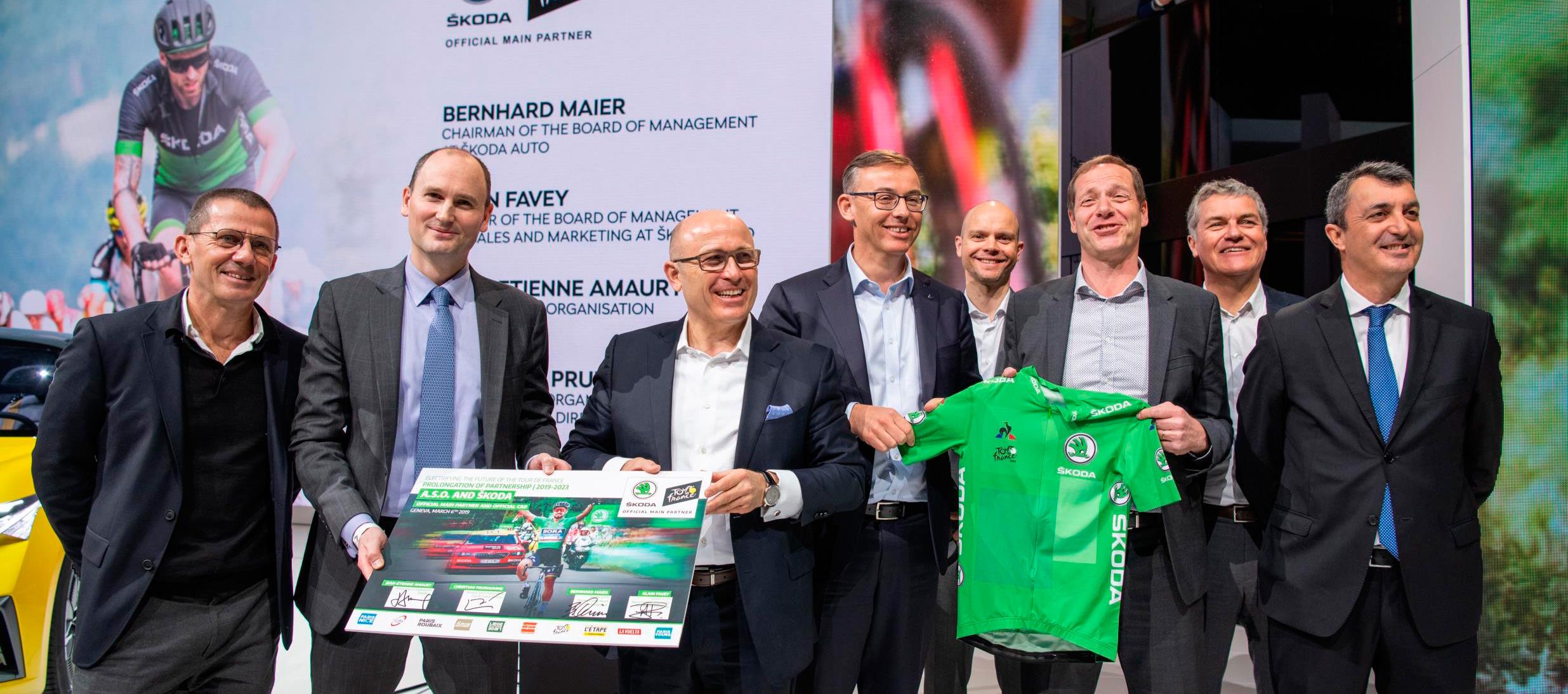 Skoda sigue apoyando el ciclismo con su compromiso con el Tour de Francia y La Vuelta
