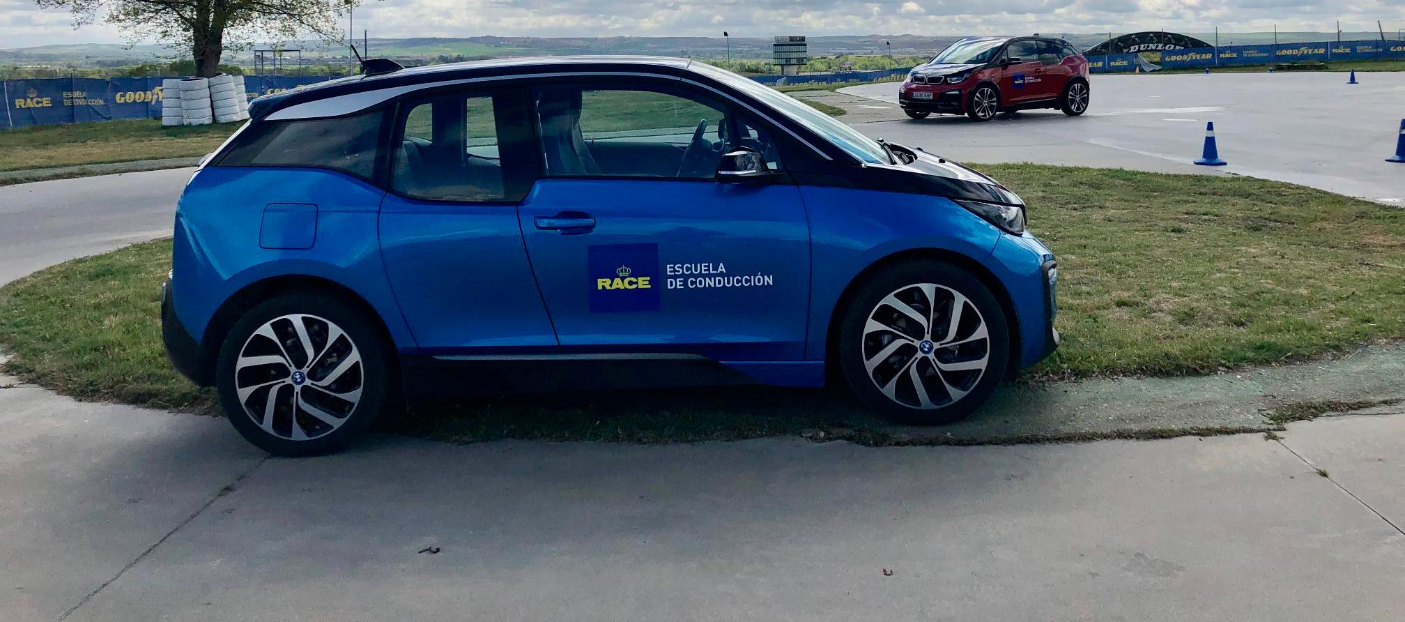 BMW i3 protagonista de los cursos para vehículos eléctricos del RACE