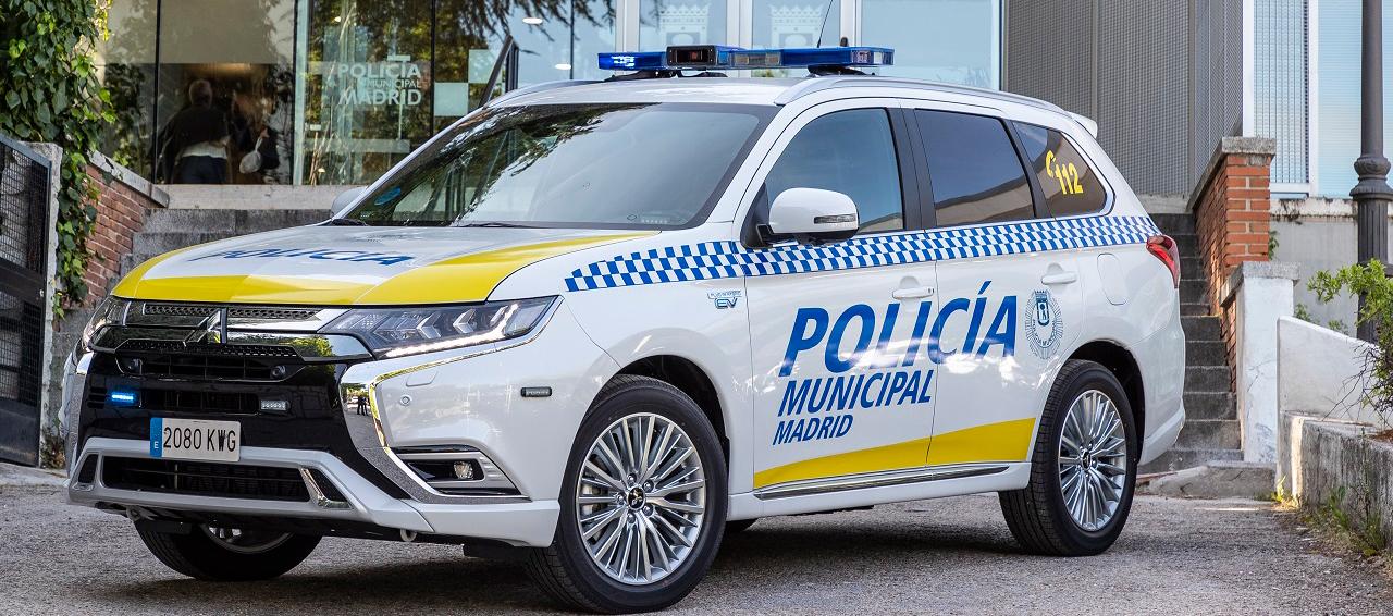 La Policia Municipal de Madrid se mueve en Outlander PHEV