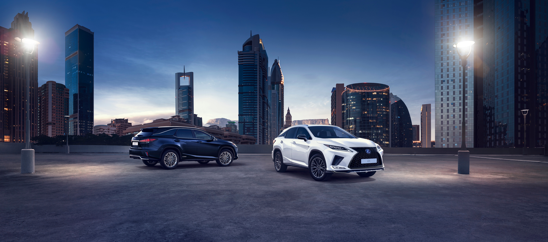 Lexus presenta su modelo RX 450h en dos carrocerías