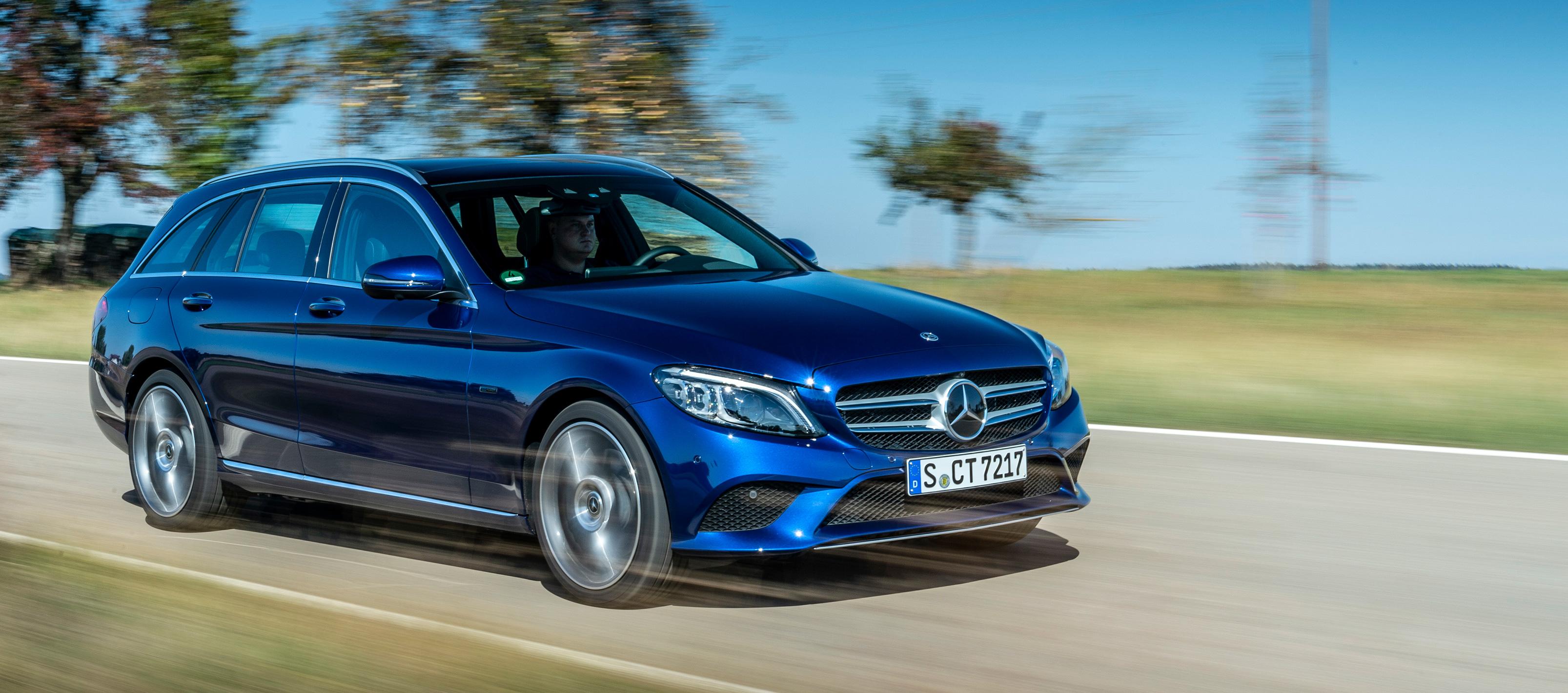 Mercedes-Benz C 300 DE ya disponible en el mercado