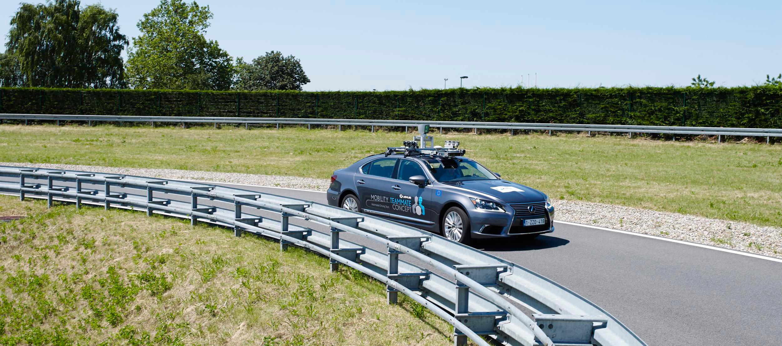 Toyota realiza pruebas con vehículos autónomos en vías públicas
