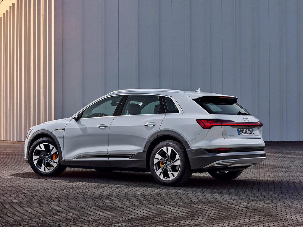 Audi e-tron 50 Quattro, nueva versión del SUV 0 emisiones