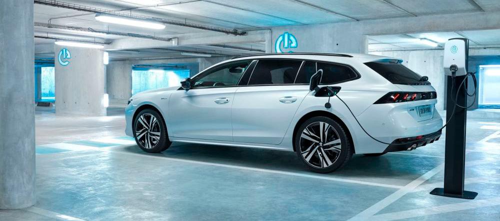 La gama Plug-IN Hybrid de Peugeot ya está disponible en España