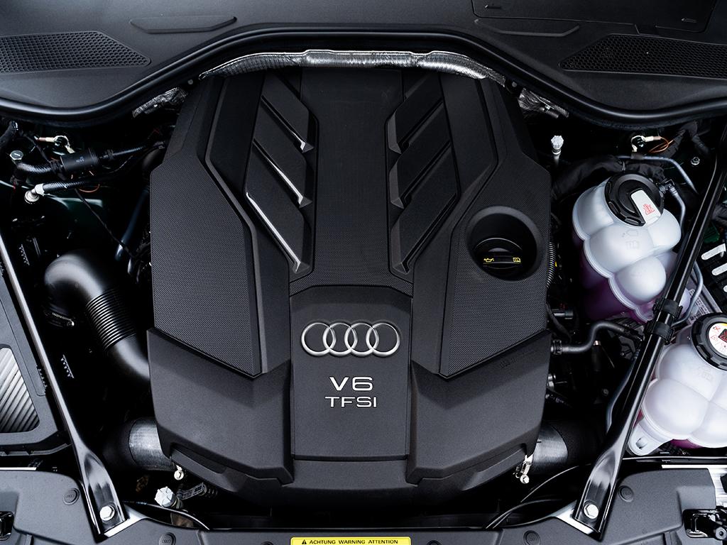 El nuevo AUDI A8 60 TFSIe Quattro ya está disponible