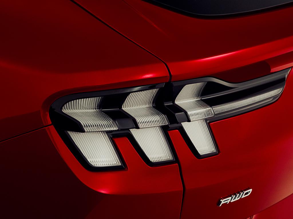 Ford Mustang Mach-E, un nuevo SUV totalmente eléctrico