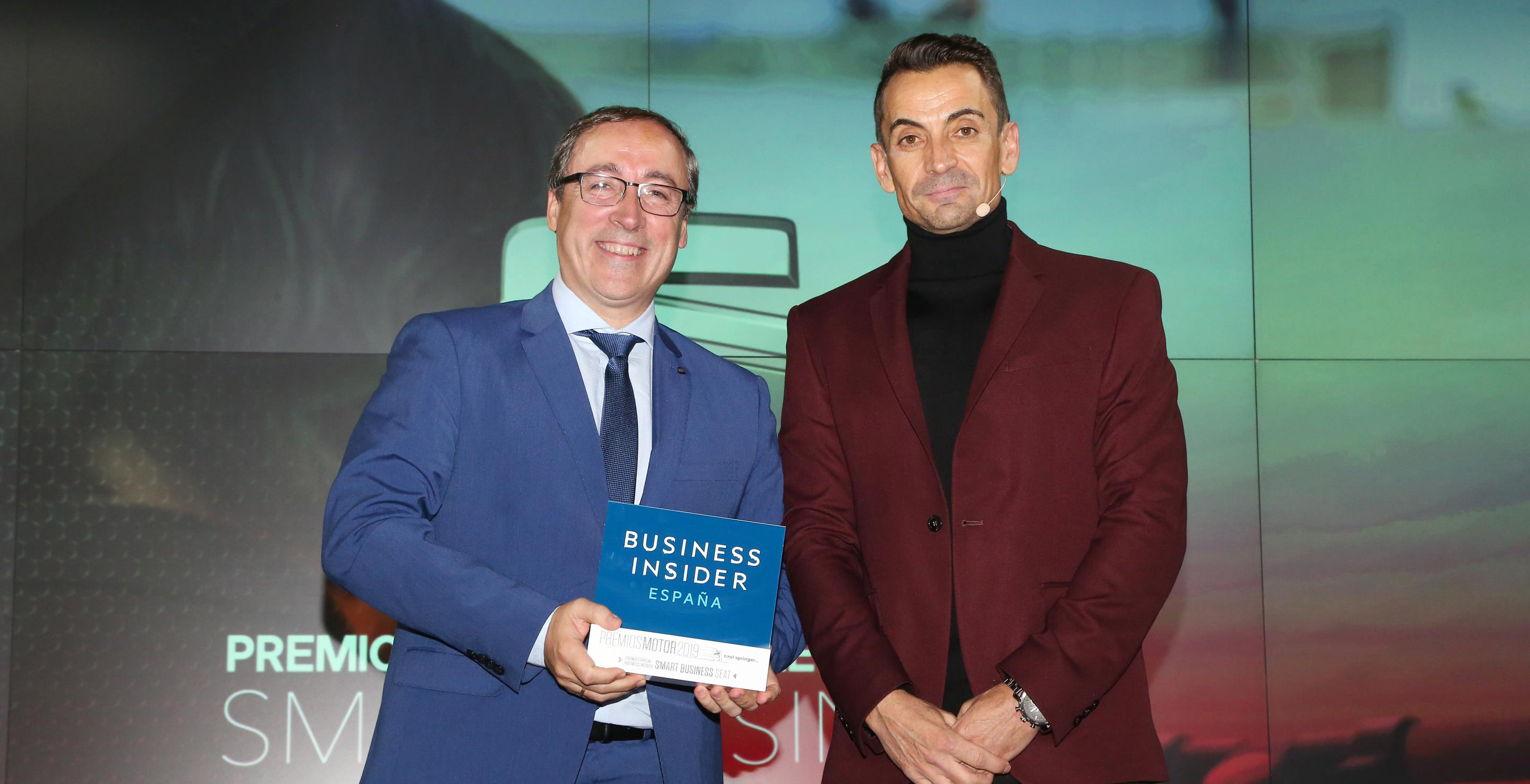 SEAT premiado con el Premio Smart Business