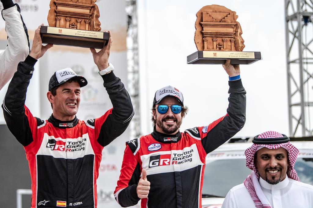 Fernando Alonso y Marc Coma primer podio en Raids