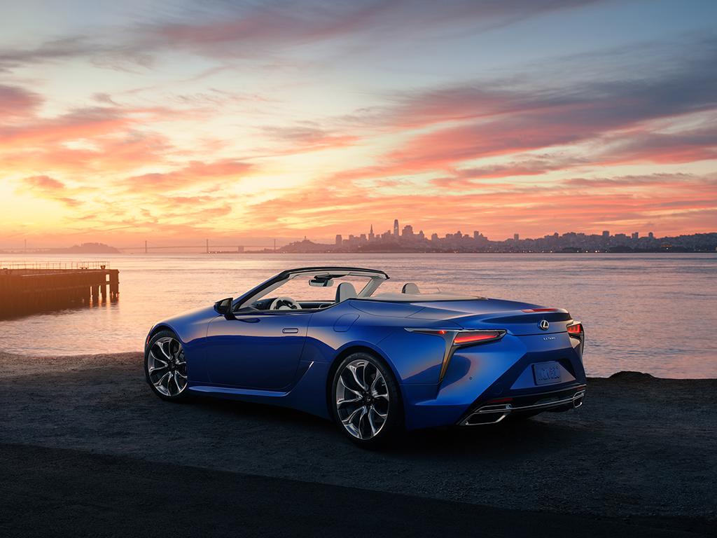 Lexus LC 500 Cabrio debuta en el Salón de Los Ángeles