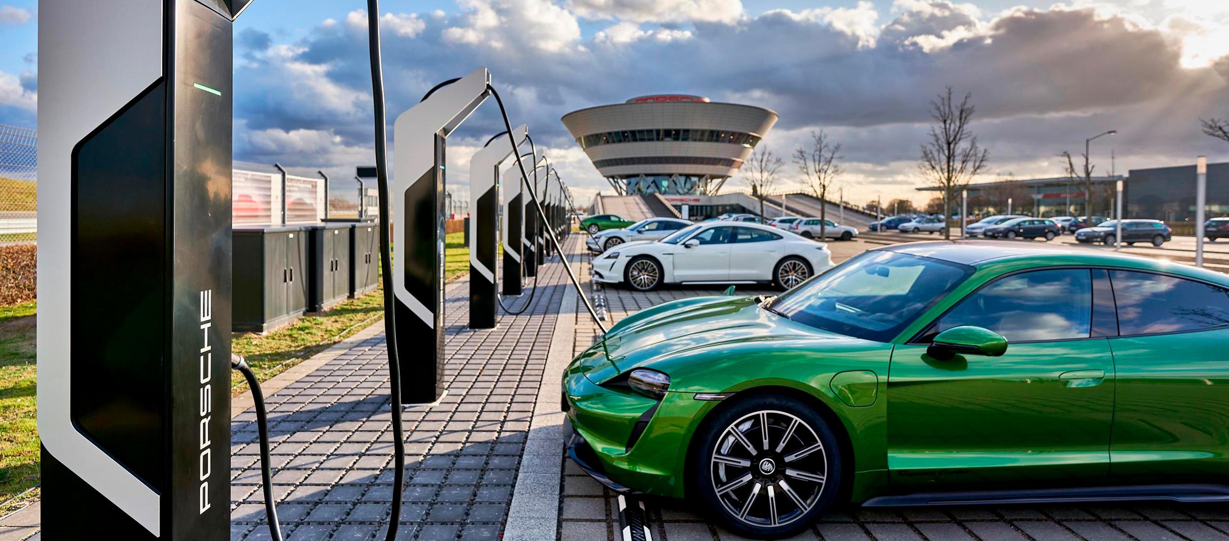 Nueva estación Porsche Turbo Charging, la más potente de Europa