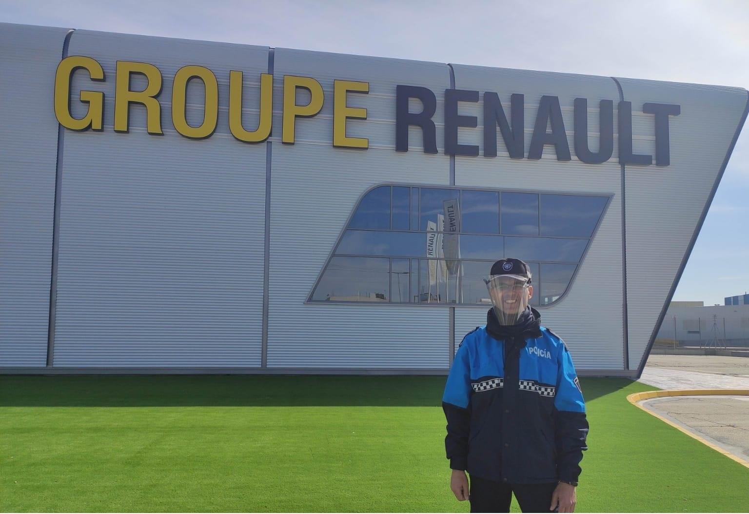 Renault al rescate, ahora con al Policía Municipal de Valladolid