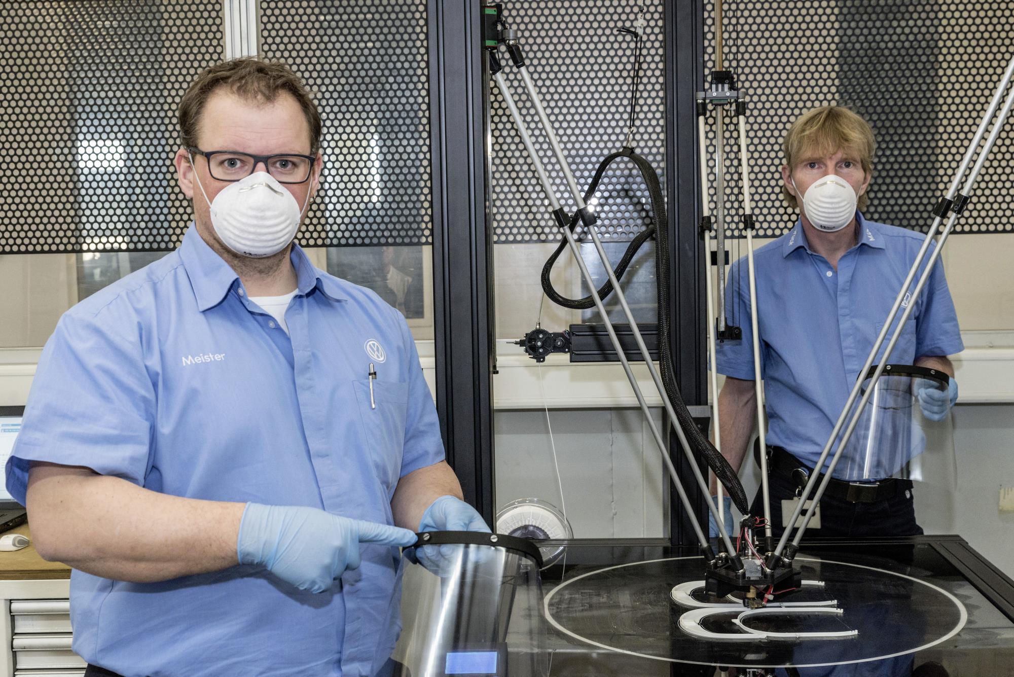 El Grupo Volkswagen ha empezado a producir portaviseras mediante la impresión 3D