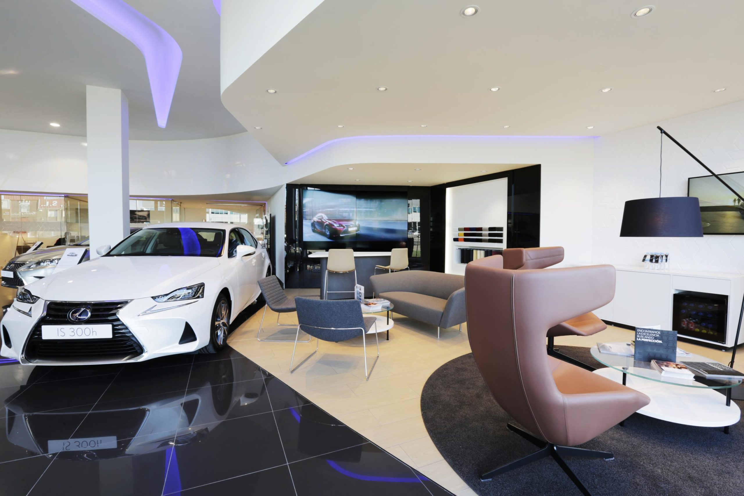 Apertura de parte de la red de Centros Autorizados Lexus