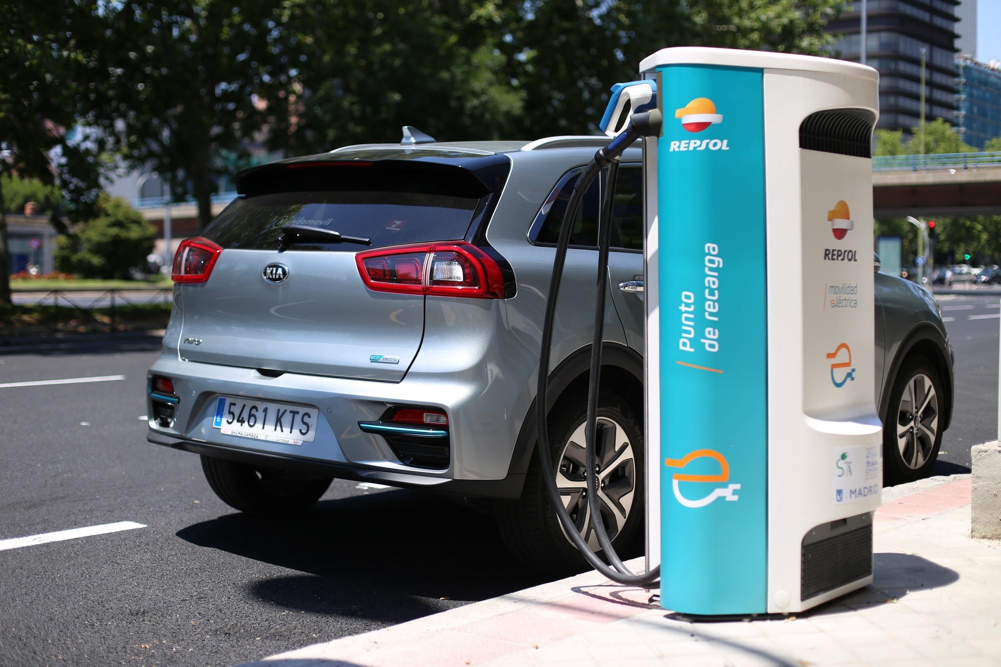 KIA y Repsol apuestan por la movilidad sostenible