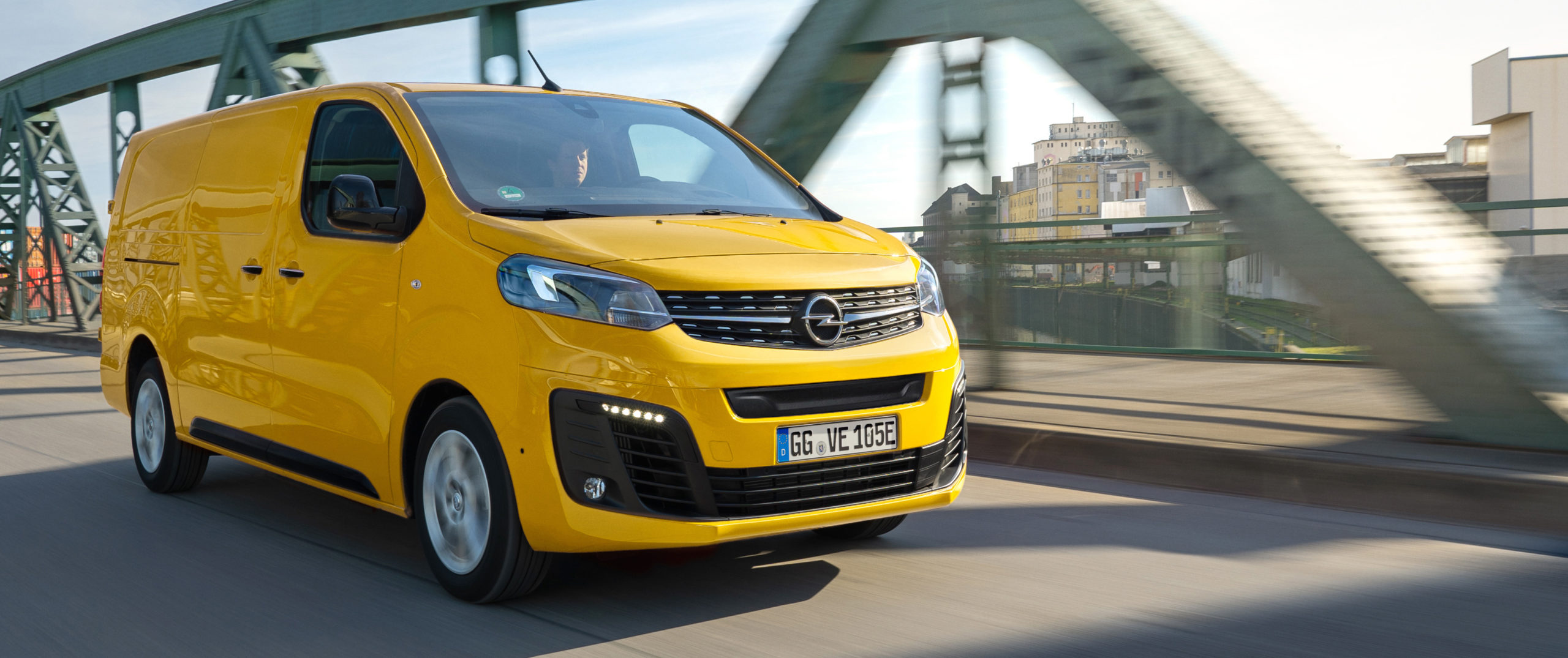 Opel Vivaro-e ya a la venta en España