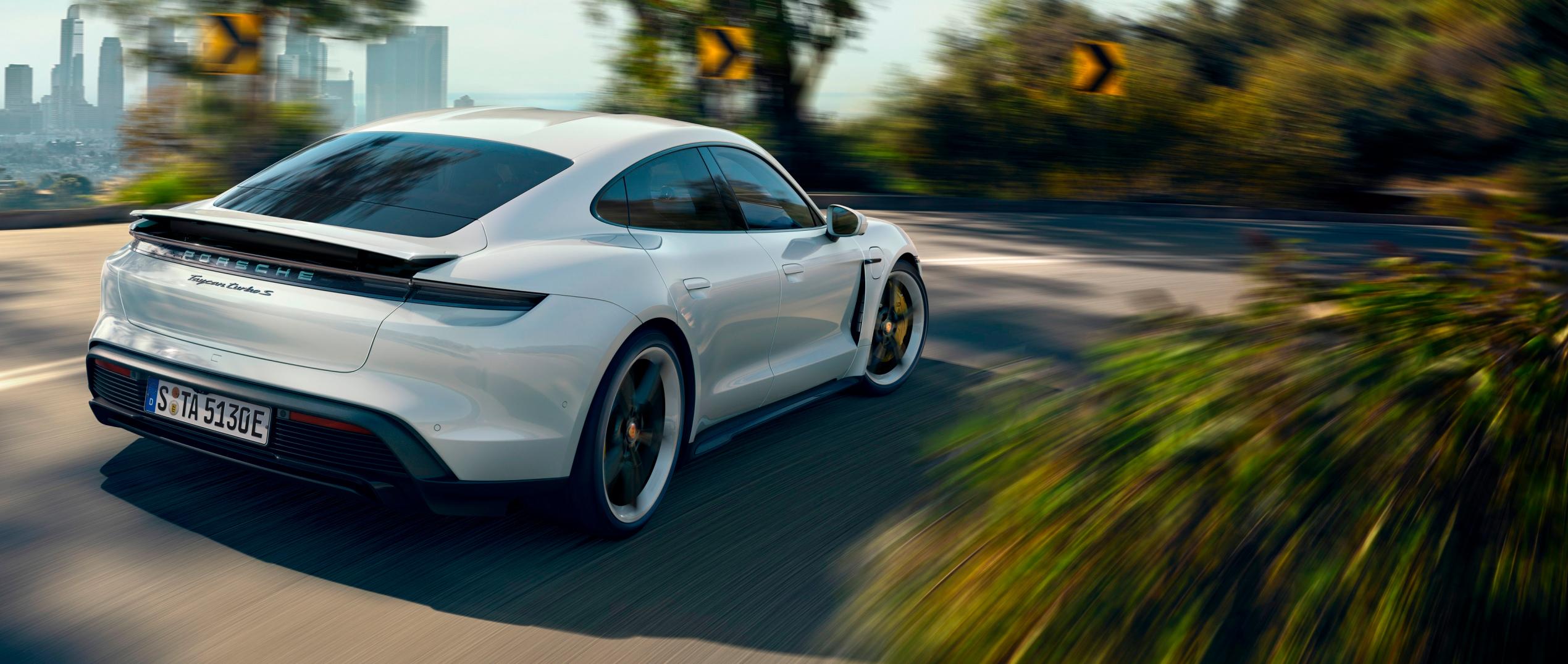 Mas premios para el Porsche Taycan