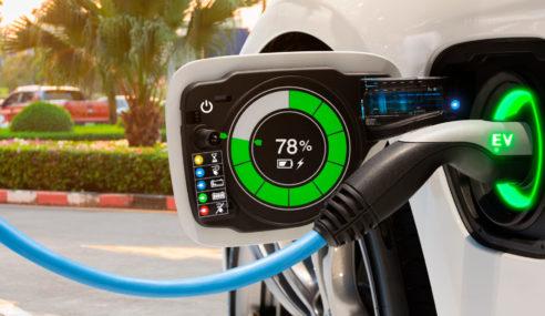 ¿Cómo afecta la nueva tarifa de luz a la recarga de vehículos enchufables?