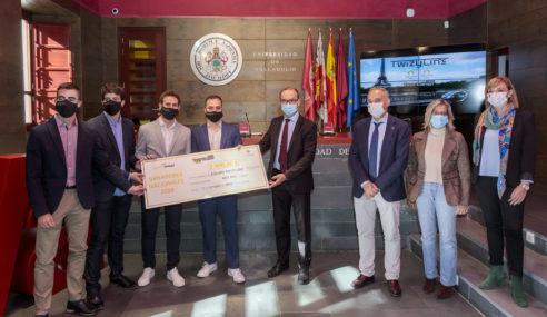 Twizy Line: Renault España entraga un Twizy a 4 alumnos de la Univ. de Valladolid