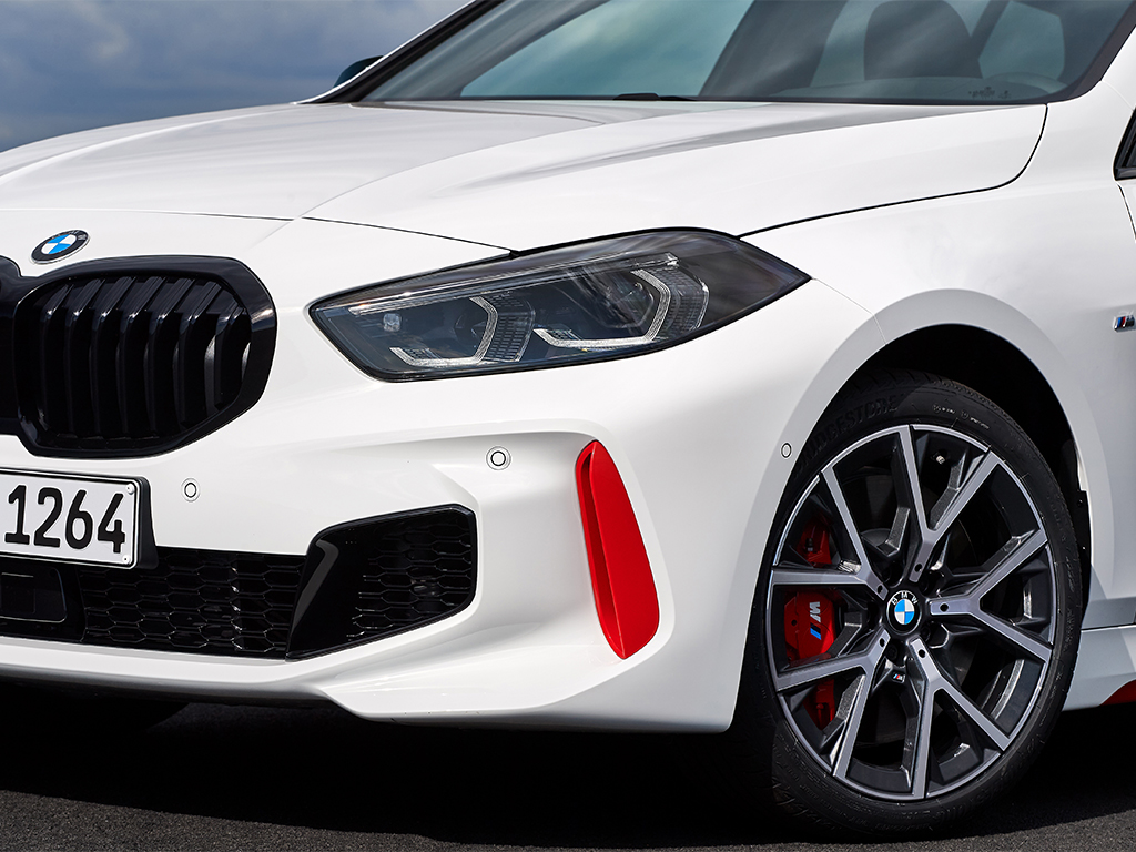 Nuevo BMW 128ti, exclusivo compacto deportivo de tracción delantera