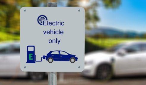 ¿Se está desinflando el 'hype' del coche eléctrico?