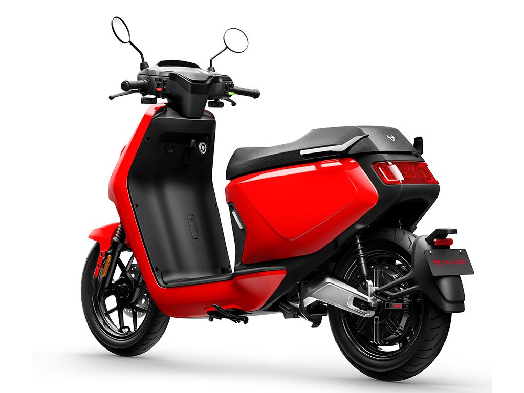 NIU la marca de Smart eScooters lanza el nuevo MQI GT