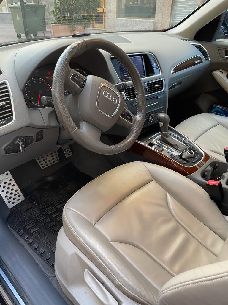 AUDI Q5 TFSi Stronic Quattro